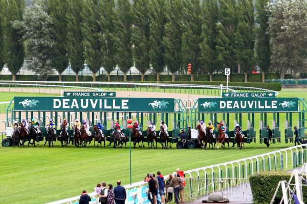MD_00122600-010-scoopdyga_hippodrome_DEAUVILLE